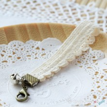 Lace Keychain A